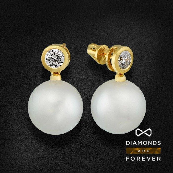Купить Серьги пусеты с жемчугом и бриллиантами в желтом золоте 585 пробы