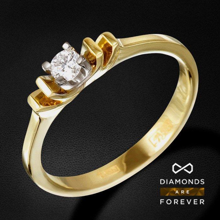 Кольцо с бриллиантами из комбинированного золота 585 пробыКольца с бриллиантами<br>Кольцо с бриллиантами из комбинированного золота 585 пробы. Характеристики вставок: 1Бр Кр-57 0.13 3/5 А . Средний вес: 2,49 гр.<br>