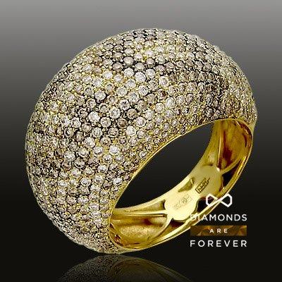 Кольцо с бриллиантами из желтого золота 750 пробыЮвелирные украшения<br>Кольцо с бриллиантами из желтого золота 750 пробы. Характеристики вставок: бриллиант 4/5 156шт.,0.6ct ; бриллиант 4/6 53шт.,0.34ct ; бриллиант 4/6 78шт.,0.4ct ; бриллиант 6/5 24шт.,0.06ct ; бриллиант шампань  100шт.,0.65ct ; бриллиант шампань  10шт.,0.06c...<br>