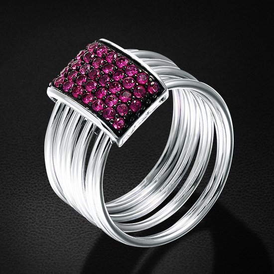 Кольцо с фианитами из серебра 925 пробыКольца<br>Кольцо с фианитами из серебра 925 пробы. Средний вес: 7,92 гр.<br>