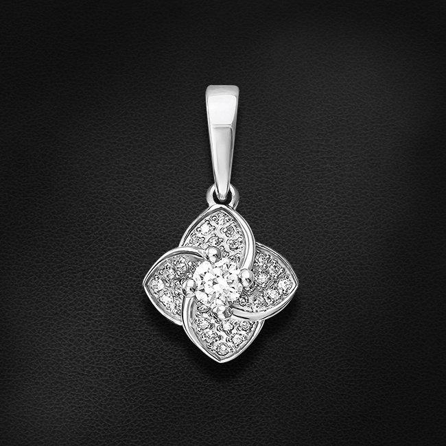 Подвеска с бриллиантами из белого золота 585 пробыКулоны<br>Подвеска с бриллиантами из белого золота 585 пробы. Характеристики вставок: 1 бриллиант кр57 0,160 3/5а, 32 бриллиант кр17 0,121 2/3а. Средний вес изделия: 1,48 гр.<br>