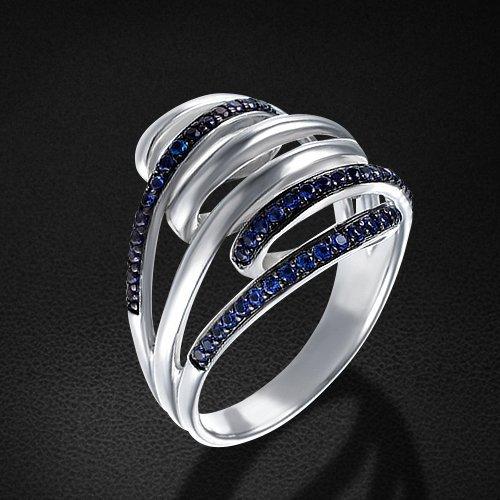 Кольцо с фианитами из серебра 925 пробыКольца<br>Кольцо с фианитами из серебра 925 пробы. Средний вес: 5,21 гр.<br>