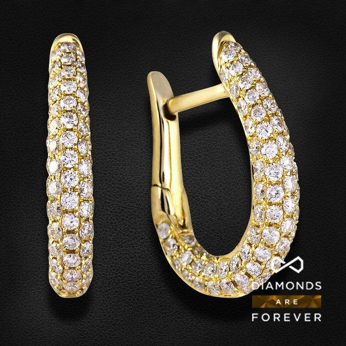 Серьги с бриллиантами из желтого золота 585 пробыЮвелирные украшения<br>Серьги с бриллиантами из желтого золота 585 пробы. Характеристики вставок: 180Бр Кр-57 0.983/5 А . Средний вес: 2,66 гр.<br>