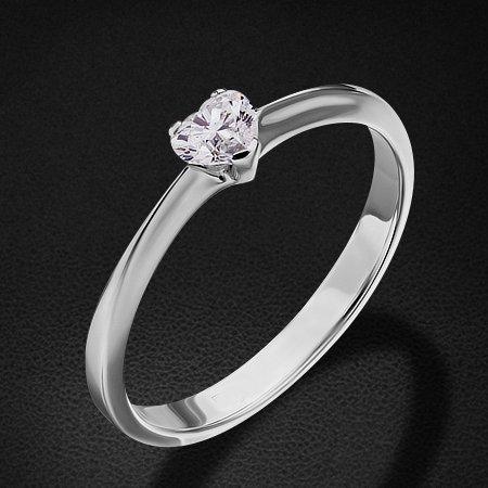 Кольцо с 1 бриллиантом сердце из белого золота 585 пробыКольца<br>Кольцо с бриллиантами из белого золота 585 пробы. Характеристики вставок: 1 бриллиант сердце - 0,18 4/3б. Средний вес изделия: 2,1 гр.<br>