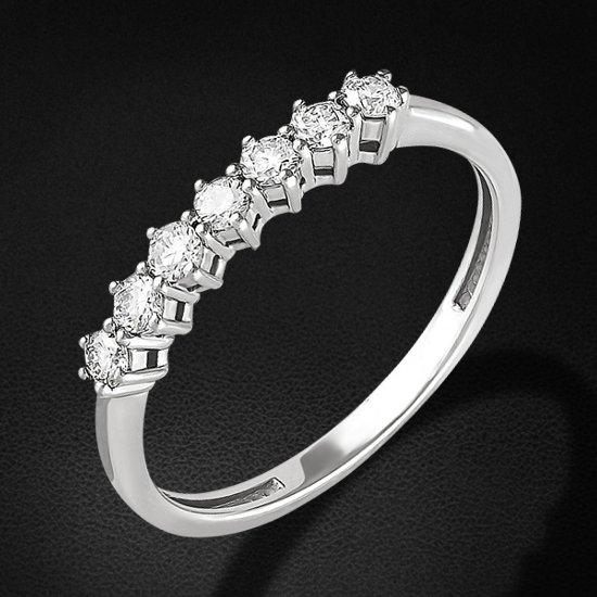 Кольцо с бриллиантами из белого золота 585 пробыКольца<br>Кольцо с бриллиантами из белого золота 585 пробы. Характеристики вставок: 7 бриллиант кр57 0,281 3/6а. Средний вес изделия: 1,51 гр.<br>