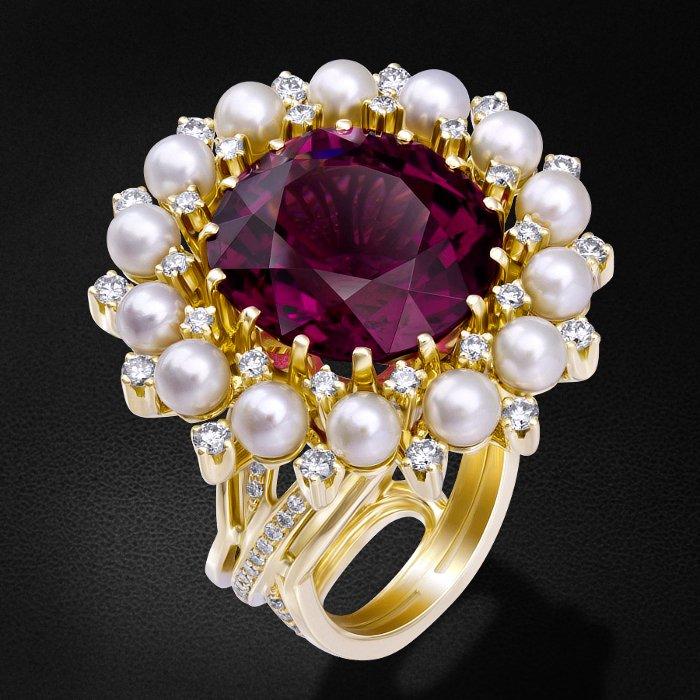 Кольцо с бриллиантами, жемчугом, рубеллитом из желтого золота 750 пробыКольца<br>Кольцо с бриллиантами, жемчугом, рубеллитом из желтого золота 750 пробы. Характеристики вставок: 90 бриллиант Кр57-0,65 3/4А, 28 бриллиант Кр57-0,83 3/4А, 14 жемчуг культивированный - 7,76, 1 рубеллит - 17,77. Средний вес изделия: 32,38 гр.<br>