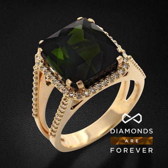 Кольцо с бриллиантами, турмалином из желтого золота 750 пробыКольца<br>Кольцо с бриллиантами, турмалином из желтого золота 750 пробы. Характеристики вставок: 72 бриллиант кр57 - 0,33 4/4а, 1 турмалин - 5,37. Средний вес изделия: 8.87 гр.<br>