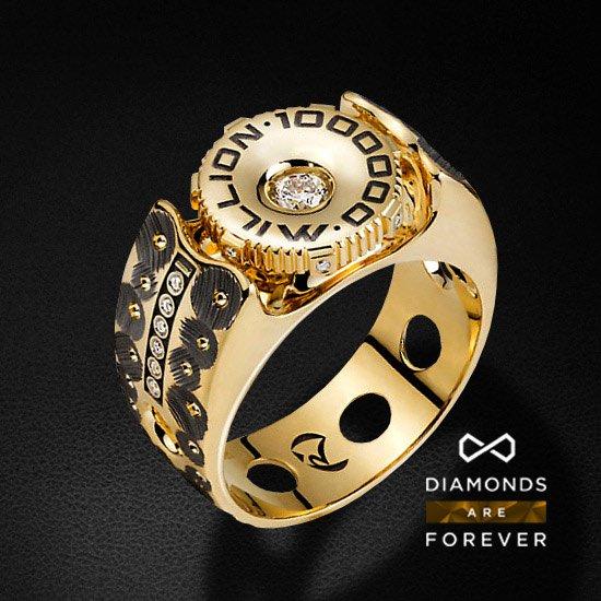 Перстень с бриллиантами из коллекции МиллионДля мужчин<br>Мужское кольцо с бриллиантами из желтого золота 585 пробы. Характеристики вставок: 14 бриллиантов 0.341 карат 3/5. Средний вес: 19,76 гр.<br>