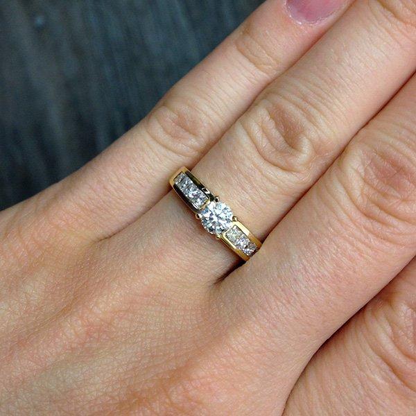 Кольцо для помолвки с бриллиантами из желтого золота 585 пробы (арт. 20874) 6176f781b31