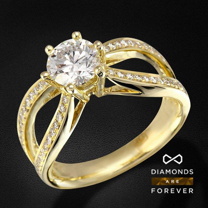 Помолвочное кольцо с бриллиантом 1 карат из желтого золота 585 пробыЮвелирные украшения<br>Помолвочное кольцо с бриллиантом 1 карат из желтого золота 585 пробы. Характеристики вставок: 60Бр Кр-57 0.393/5 А; 1Бр Кр-57 1.02 8-2/8 А . Средний вес: 4,83 гр.<br>