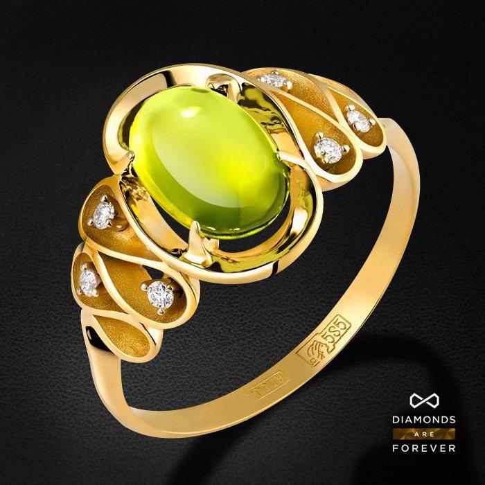 Кольцо с хризолитом, бриллиантами из желтого и белого золота 585 пробыКольца<br>Кольцо с хризолитом, бриллиантами из желтого и белого золота 585 пробы. Характеристики вставок: 6 бриллиант 0,049, 1 хризолит 2.165. Средний вес изделия: 3.19 гр.<br>