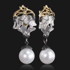 Серьги с жемчугом и черными бриллиантами из комбинированного золота 585  пробы (арт. 48077) 86f022f974e