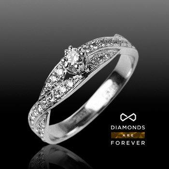 Кольцо с бриллиантами из белого золота 585 пробыКольца<br>Кольцо с бриллиантами из белого золота 585 пробы. Характеристики вставок: бриллиант кр-57 3/5 37шт.,0.4ct ; бриллиант кр-57 4/4 4шт.,0.02ct ; бриллиант кр-57 5/6 1шт.,0.15ct. Средний вес изделия: 3,35 гр.<br>