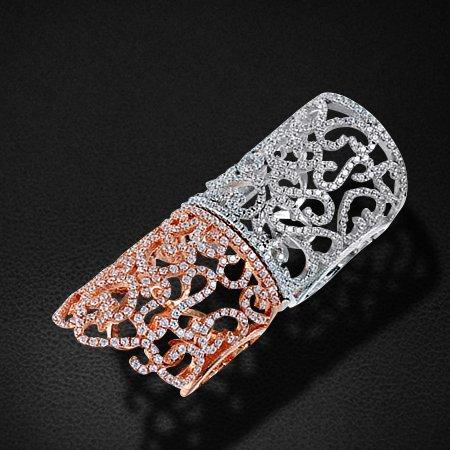 Кольцо с цирконием из серебра 925 пробыКольца<br>Кольцо с цирконием из серебра 925 пробы. Средний вес: 14,54 гр.<br>