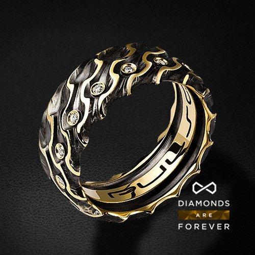 Мужское кольцо с 15 бриллиантами из желтого золота 585 пробыДля мужчин<br>Мужское кольцо с 15 бриллиантами из желтого золота 585 пробы. Характеристики вставок: 15 бриллиантов 0.272 карат. Средний вес: 14,09 гр.<br>