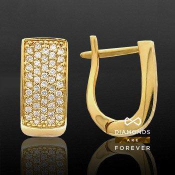 Серьги с бриллиантами Жгучая пустыняСерьги<br>Серьги из желтого золота 750 пробы, украшенные 94 бриллиантами общим весом 0.5 карат<br>