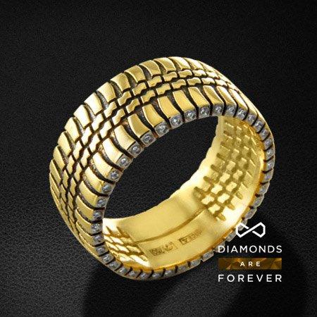 Мужское кольцо с бриллиантами из желтого золота 750 пробыПерстни<br>Мужское кольцо с бриллиантами из желтого золота 750 пробы. Характеристики вставок: 80 бриллиант кр57 0,28. Средний вес изделия: 14.41 гр.<br>