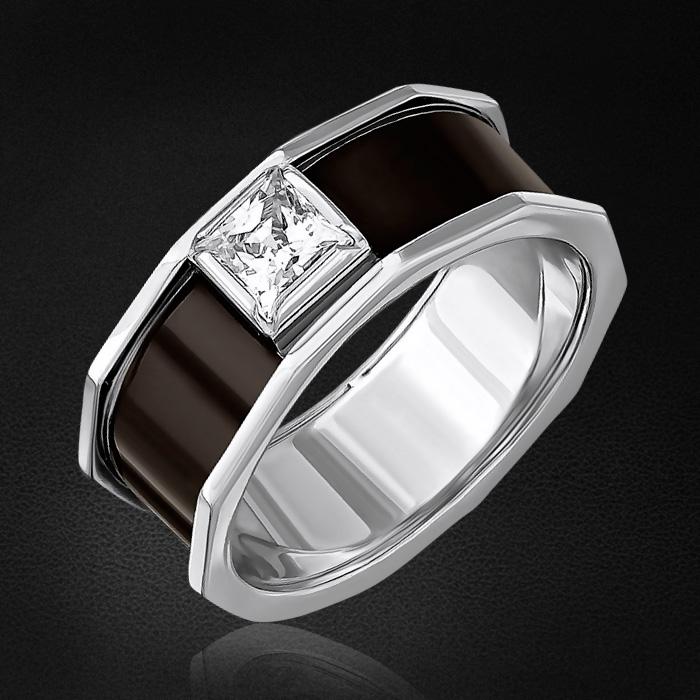 Кольцо с фианитами из серебра 925 пробыКольца<br>Кольцо с фианитами из серебра 925 пробы. Характеристики вставок: 1 фианит swarovski квадрат 5,0х5,0 . Средний вес изделия: 5,7 гр.<br>