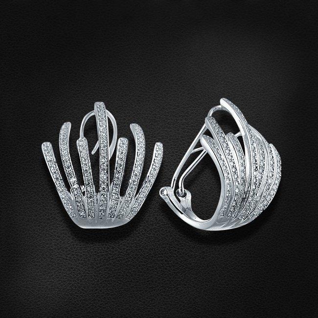 Серьги с цирконием из серебра 925 пробыСерьги<br>Серьги с цирконием из серебра 925 пробы. Средний вес: 8,7 гр.<br>