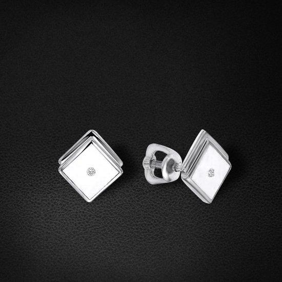 Пусеты с бриллиантами из белого золота 585 пробы из коллекции NEOСерьги<br>Пусеты с бриллиантами из белого золота 585 пробы. Характеристики вставок: бриллиант 2 0.015 3/6 кр57, керамика. Средний вес изделия: 2,09 гр.<br>