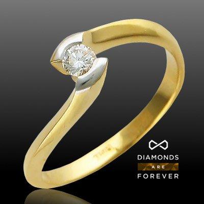 Кольцо с бриллиантами из желтого золота 750 пробыКольца<br>Кольцо с бриллиантами из желтого золота 750 пробы. Характеристики: бриллиант 4/3 1шт.,0.14ct. Средний вес изделия: 3,49 гр.<br>