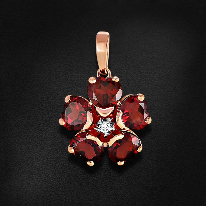 Подвеска с бриллиантами, родолитом из красного золота 585 пробы MontpensierКулоны<br>Подвеска с бриллиантами, родолитом из красного золота 585 пробы. Характеристики вставок: 1 бриллиант кр57 0,058 3/6а; 5 6,958 родолит сердце 7,0х7,0 . Средний вес изделия: 5,32 гр.<br>