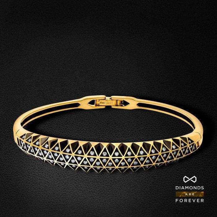 Браслет с бриллиантами из желтого золота 585 пробыБраслеты<br>Браслет с бриллиантами из желтого золота 585 пробы. Характеристики вставок: 68 бриллиант 0,542. Средний вес изделия: 23.6 гр.<br>