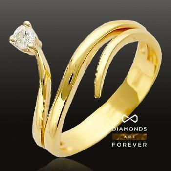 Кольцо с бриллиантами из комбинированного золота 750 пробыЮвелирные украшения<br>Кольцо с бриллиантами из комбинированного золота 750 пробы. Характеристики вставок: бриллиант 5/3 1шт.,0.11ct. Средний вес изделия: 4,28 гр.<br>