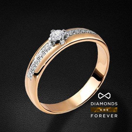 Кольцо из комбинированного золота 585 пробы с 11 бриллиантамиЮвелирные украшения<br>Кольцо золотое с 11 бриллиантами. Характеристики вставок: 11 брил. весом 0.154 ct. Средний вес: 3.17 гр.<br>