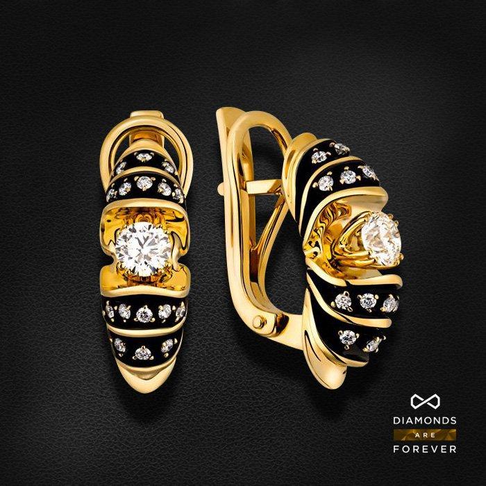 Серьги с бриллиантами из желтого золота 585 пробыСерьги<br>Серьги с бриллиантами из желтого золота 585 пробы. Характеристики вставок: 34 бриллиант 0,685. Средний вес изделия: 7.39 гр.<br>