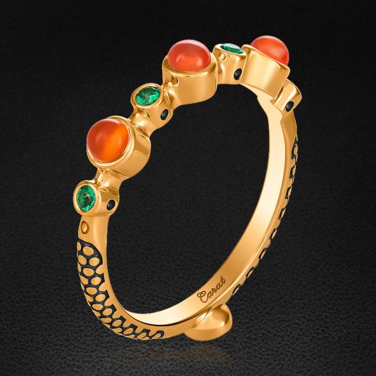 Кольцо с тсаворитом, сердоликом из красного золота 585 пробыКольца<br>Кольцо с тсаворитом, сердоликом из красного золота 585 пробы. Характеристики вставок: сердолик, тсаворит. Средний вес изделия: 2,93 гр.<br>