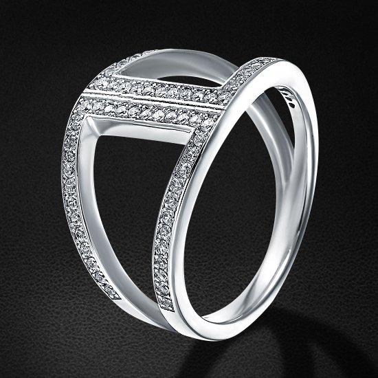 Кольцо с цирконием из серебра 925 пробыКольца<br>Кольцо с цирконием из серебра 925 пробы. Средний вес: 3,97 гр.<br>