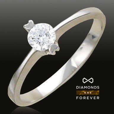 Помолвочное кольцо с бриллиантом из белого золота 585 пробыЮвелирные украшения<br>Кольцо с бриллиантами из белого золота 585 пробы. Характеристики вставок: бриллиант 4/5 1шт.,0.24ct. Средний вес изделия: 1,86 гр.<br>