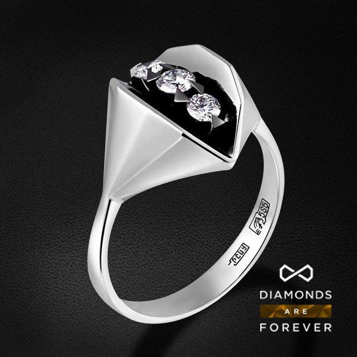 Кольцо с бриллиантами в белом золотеКольца с бриллиантами<br>Кольцо с бриллиантами в белом золоте 585 пробы. Характеристики: 3 бриллиант 0.28. Средний вес: 4.92 гр.<br>