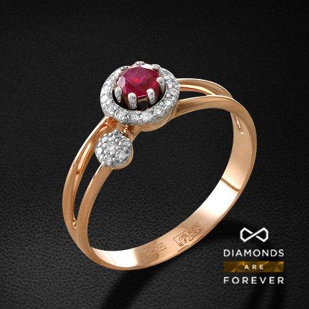 Кольцо с рубином, бриллиантами из красного золота 585 пробыКольца с цветными камнями<br>Кольцо с рубином, бриллиантами из красного золота 585 пробы. Характеристики вставок: 23 бриллиант кр57 0.141; 1 рубин 0.34. Средний вес изделия: 2.98 гр.<br>