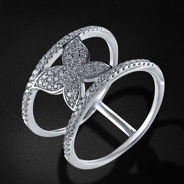 Кольцо с цирконием из серебра 925 пробыКольца<br>Кольцо с цирконием из серебра 925 пробы. Средний вес: 3,31 гр.<br>